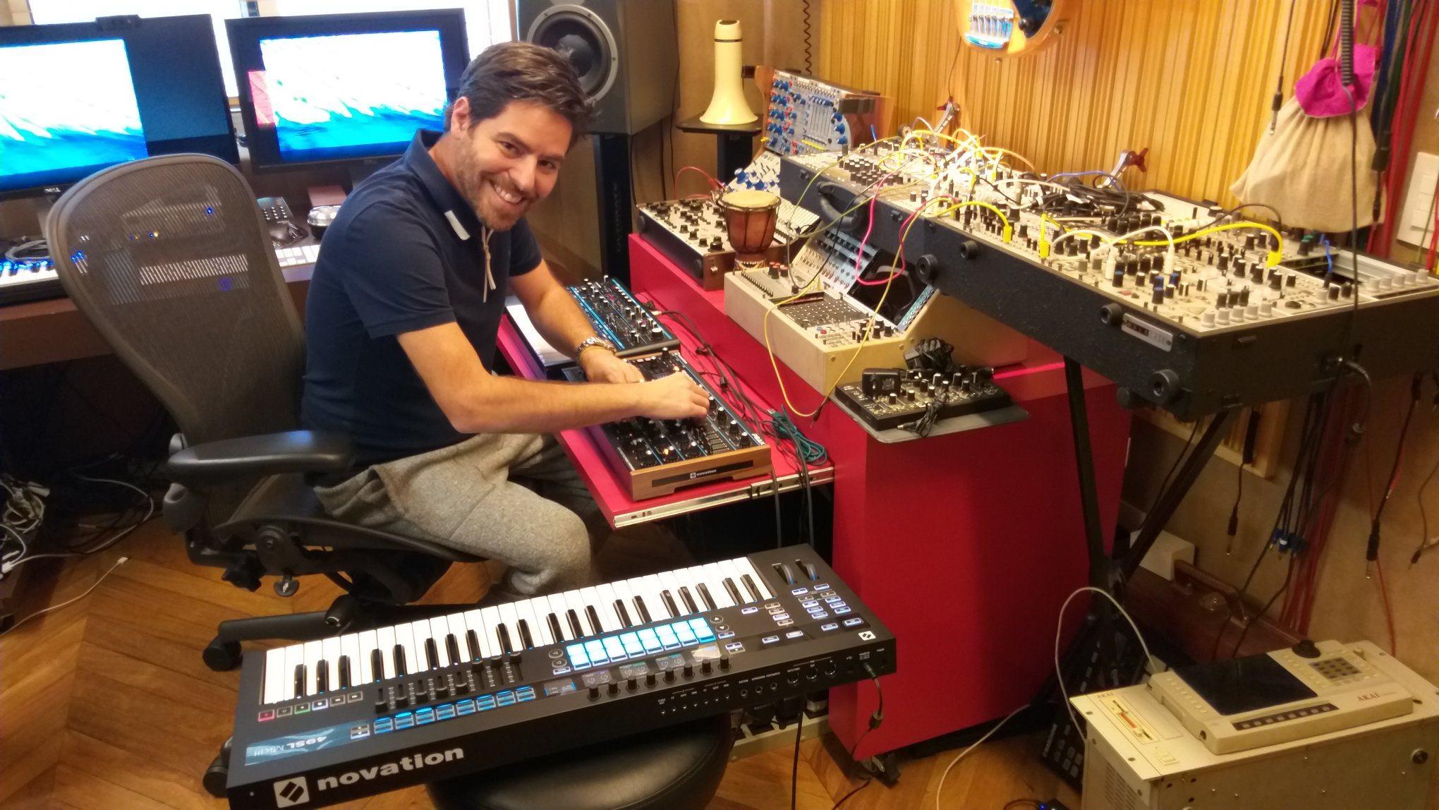 WikiVibez Gui Boratto produtor musical pioneiro em solo brasileiro