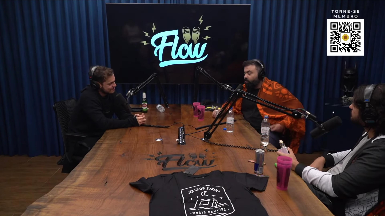 Música eletrônica no Flow Podcast