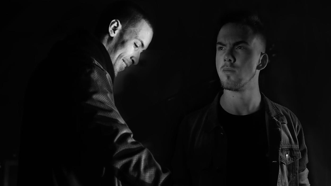 DRERRERA e LONEWOLF lançam Helpless pela Vibez Sounds