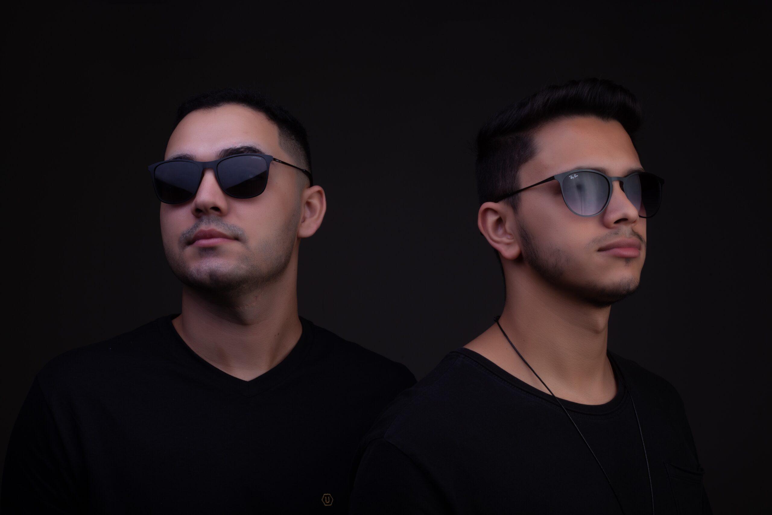 PREMIERE Duo HOTLINES estreia na cena com a melódica I Need U na Vibez Sounds scaled