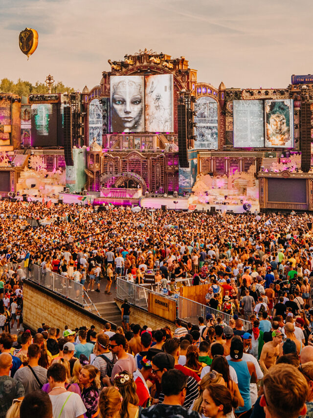 cropped-15-Curiosidades-que-você-talvez-não-saiba-sobre-o-Tomorrowland-maior-festival-de-música-eletrônica-da-Europa.jpg